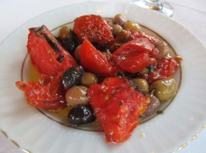 Sundried tomatoes with olives